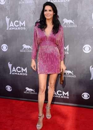 Angie Harmon: 2014 Academy of Country Music Awards -01