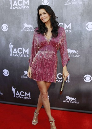 Angie Harmon: 2014 Academy of Country Music Awards -02