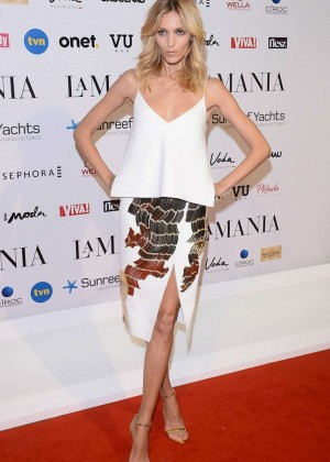Anja Rubik - La Mania Fashion Show in Warsaw