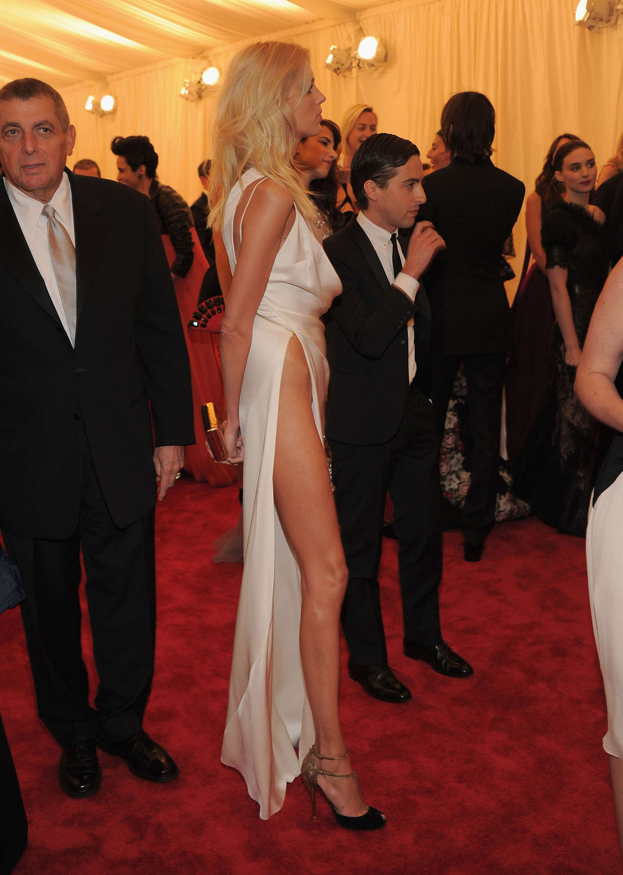 Anja Rubik – Met Costume Institute Gala 2012-10