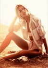 Anja Rubik: Vogue Korea 2013 -04
