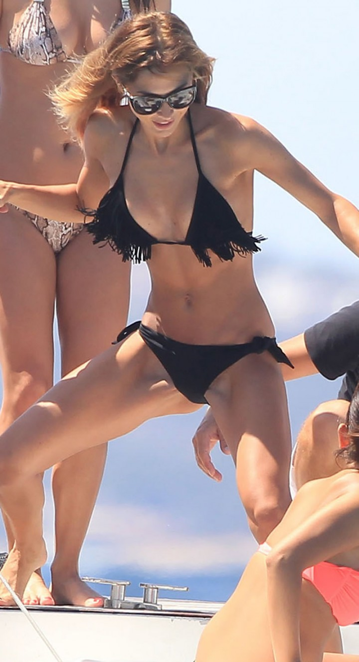 Kendall jenner bikini ass 2