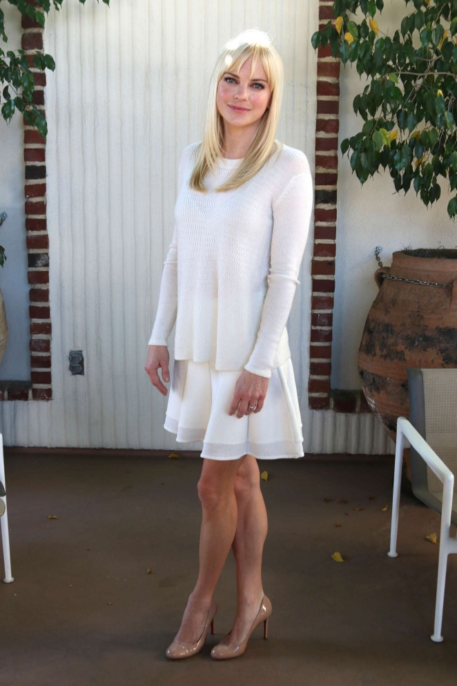 Anna Faris – Mom Press Conference in West Hollywood