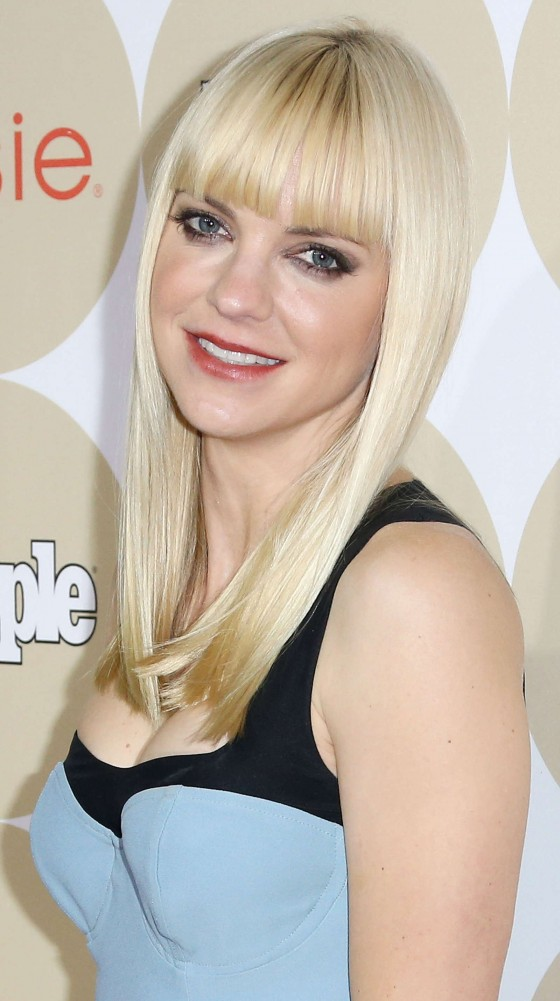 Anna Faris: People's ONES To Watch Party -01
