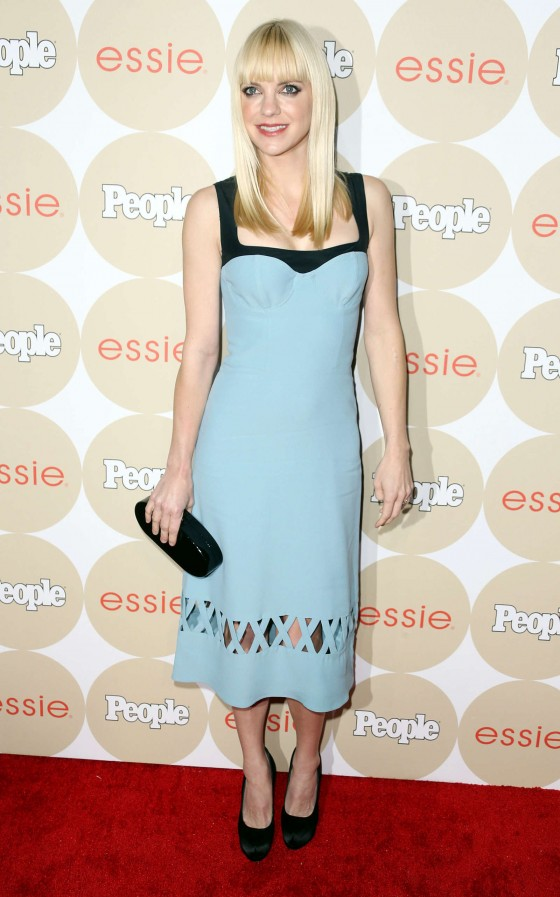 Anna Faris: People's ONES To Watch Party -04