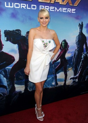 Anna Faris - Premiere Of Marvel's 'Guardians Of The Galaxy' in Hollywood