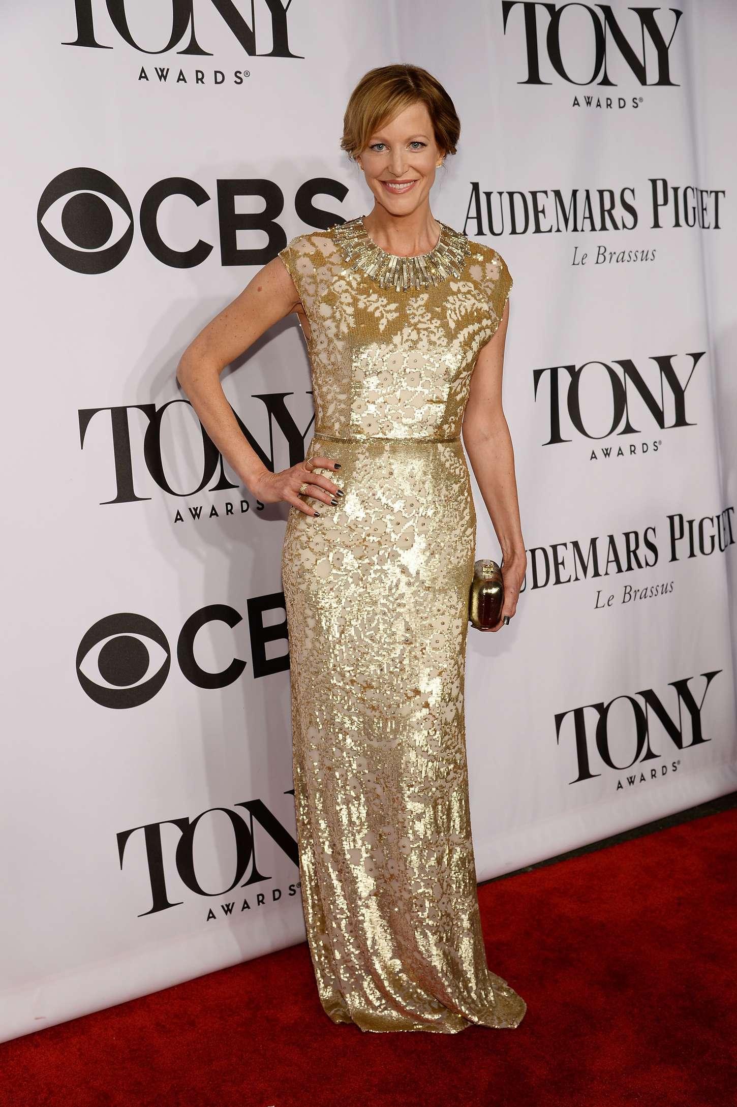 Anna Gunn 2014 : Anna Gunn – 68th Annual Tony Awards in NY -01