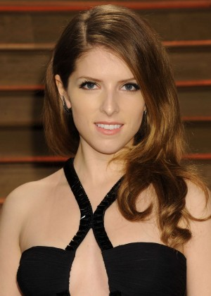 Anna Kendrick: Oscar 2014 - Vanity Fair Party -05