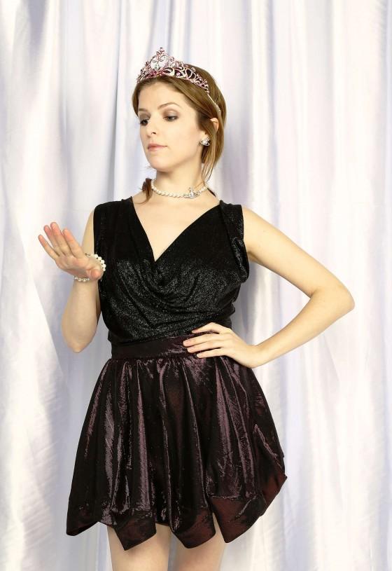 Anna Kendrick – Z100 Jingle Ball 2013 Portraits -04