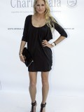 anna-kournikova-laureus-charity-gala-at-the-mbb-in-stuttgart-06