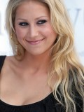 anna-kournikova-laureus-charity-gala-at-the-mbb-in-stuttgart-12