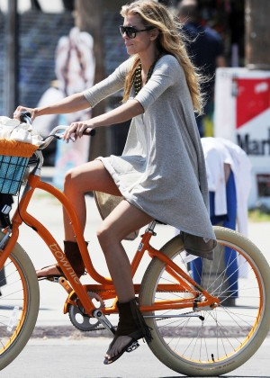 AnnaLynne McCord: Bike Riding -01