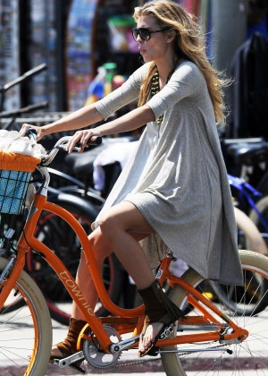 AnnaLynne McCord: Bike Riding -07