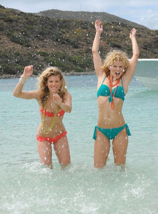 annalynne-mccord-bikini-in-st-maarten-06