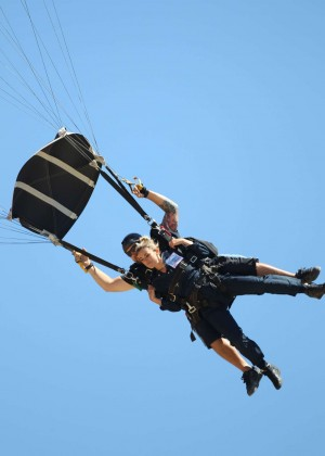 AnnaLynne McCord Skydives from 18 000 feet at Charity Event -01