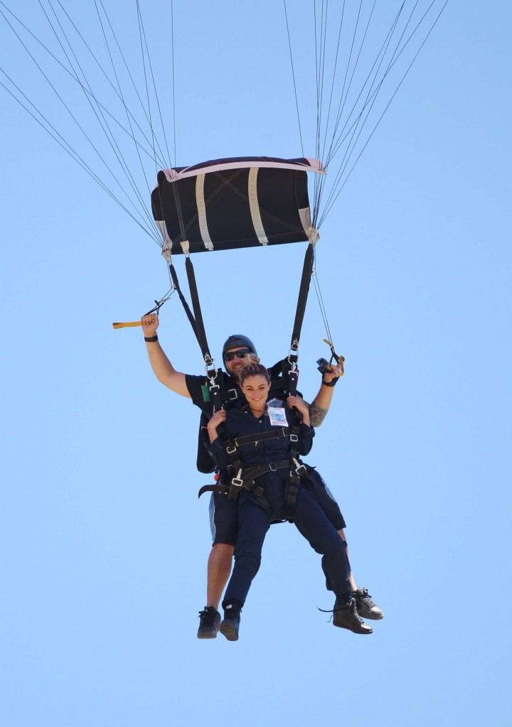 AnnaLynne McCord Skydives from 18 000 feet at Charity Event -18