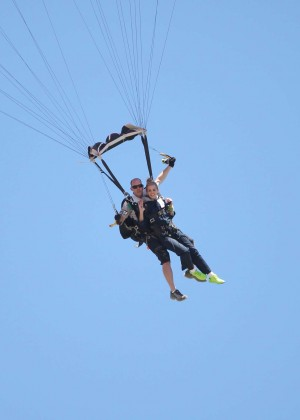 AnnaLynne McCord Skydives from 18 000 feet at Charity Event -20