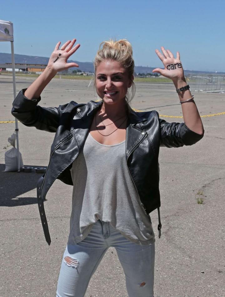AnnaLynne McCord 2014 : AnnaLynne McCord Skydives from 18 000 feet at Charity Event -36