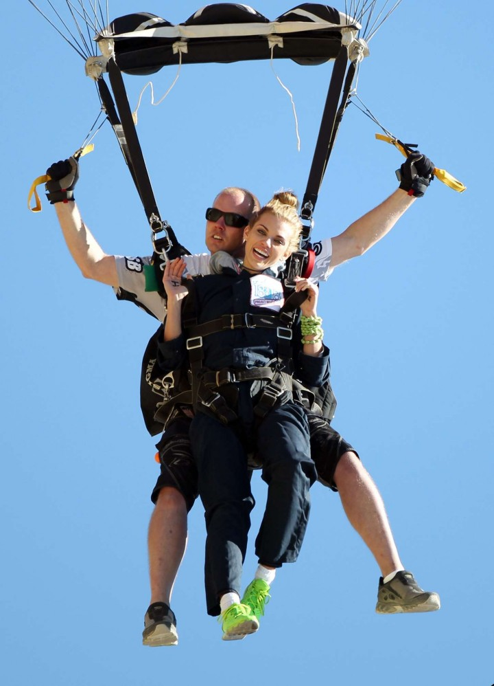 AnnaLynne McCord Skydives from 18 000 feet at Charity Event -42