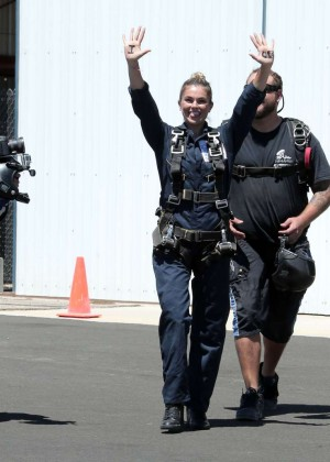 AnnaLynne McCord Skydives from 18 000 feet at Charity Event -43