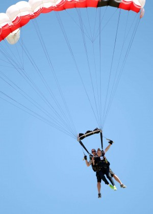 AnnaLynne McCord Skydives from 18 000 feet at Charity Event -56