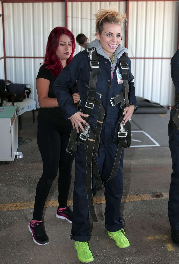 AnnaLynne McCord Skydives from 18 000 feet at Charity Event -58