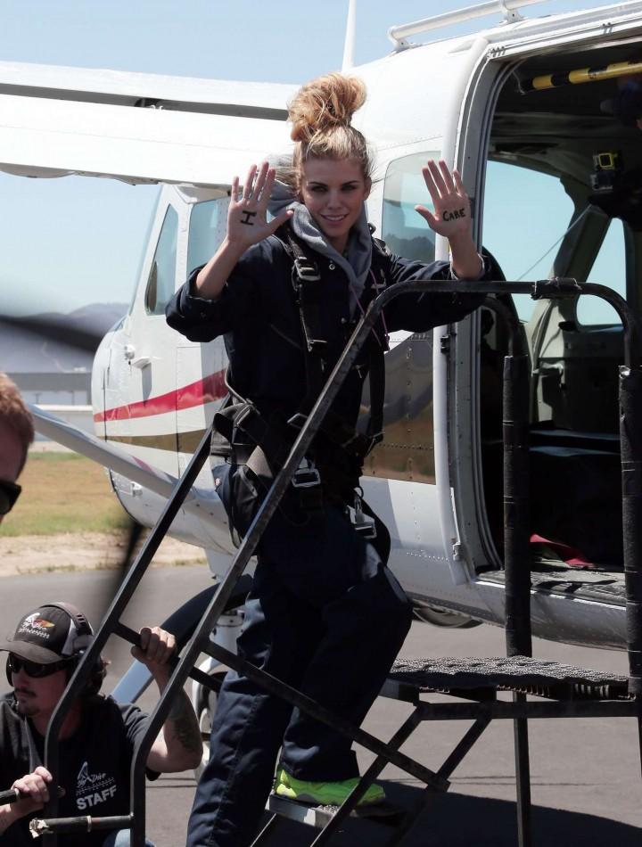 AnnaLynne McCord 2014 : AnnaLynne McCord Skydives from 18 000 feet at Charity Event -65