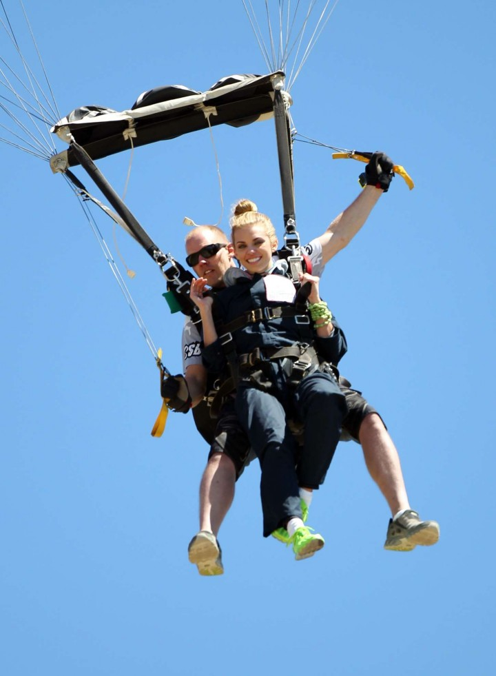 AnnaLynne McCord Skydives from 18 000 feet at Charity Event -68