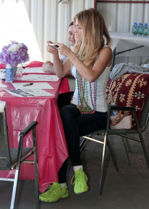 AnnaLynne McCord Skydives from 18 000 feet at Charity Event -70
