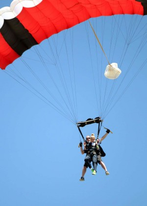 AnnaLynne McCord Skydives from 18 000 feet at Charity Event -74