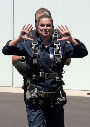 AnnaLynne McCord Skydives from 18 000 feet at Charity Event -80