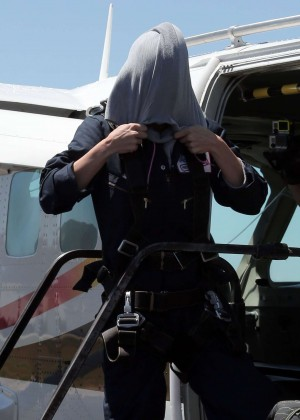 AnnaLynne McCord Skydives from 18 000 feet at Charity Event -81