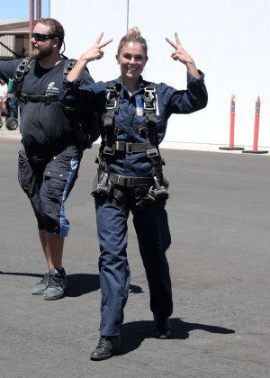 AnnaLynne McCord Skydives from 18 000 feet at Charity Event -83