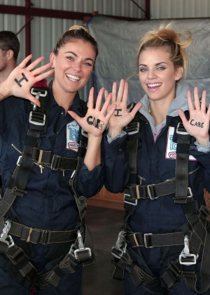 AnnaLynne McCord Skydives from 18 000 feet at Charity Event -84