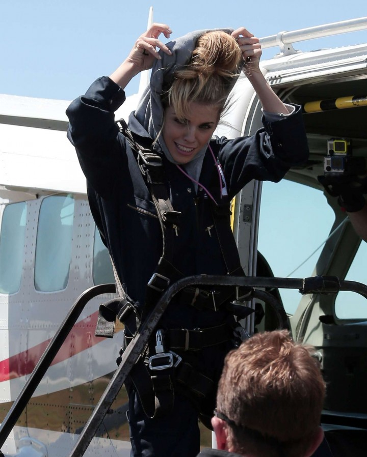 AnnaLynne McCord Skydives from 18 000 feet at Charity Event -86