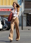 AnnaLynne McCord stops at a gas station -04