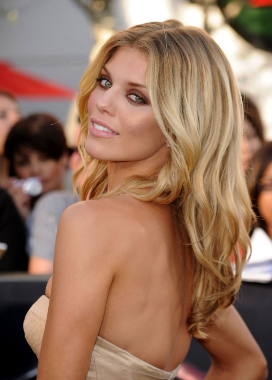 AnnaLynne McCord 2010 : annalynne-mccord-twilight-saga-eclipse-premiere-nokia-theater-in-la-01