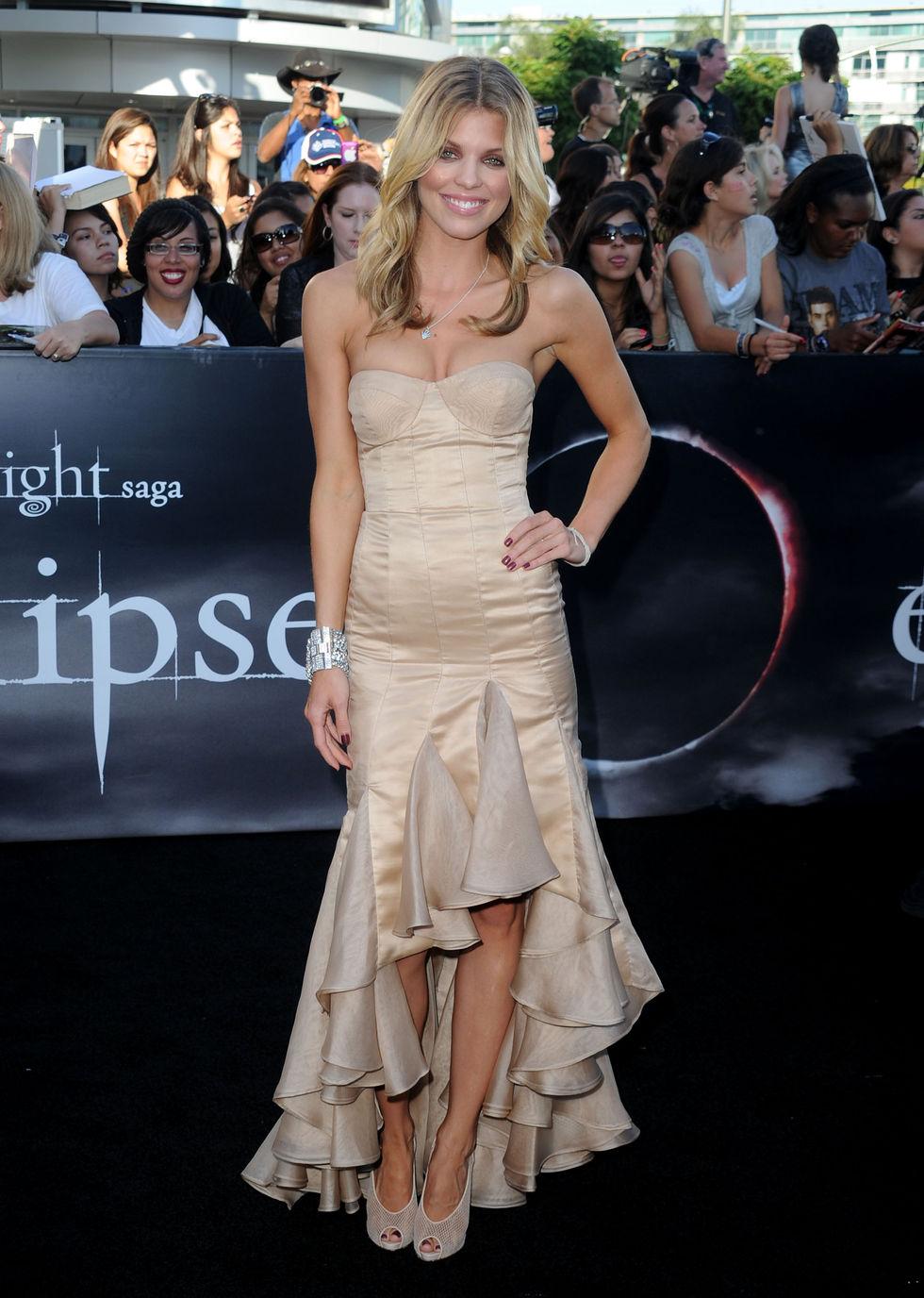 AnnaLynne McCord 2010 : annalynne-mccord-twilight-saga-eclipse-premiere-nokia-theater-in-la-11