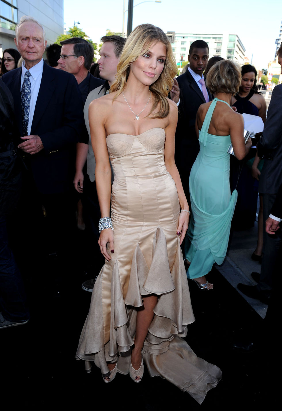 AnnaLynne McCord 2010 : annalynne-mccord-twilight-saga-eclipse-premiere-nokia-theater-in-la-15