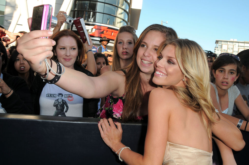 AnnaLynne McCord 2010 : annalynne-mccord-twilight-saga-eclipse-premiere-nokia-theater-in-la-21
