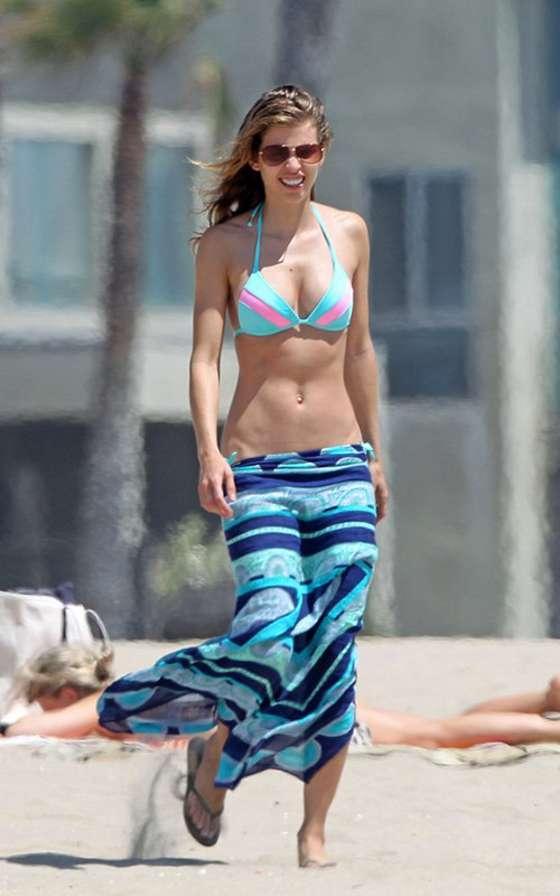 AnnaLynne McCord in a bikini -02