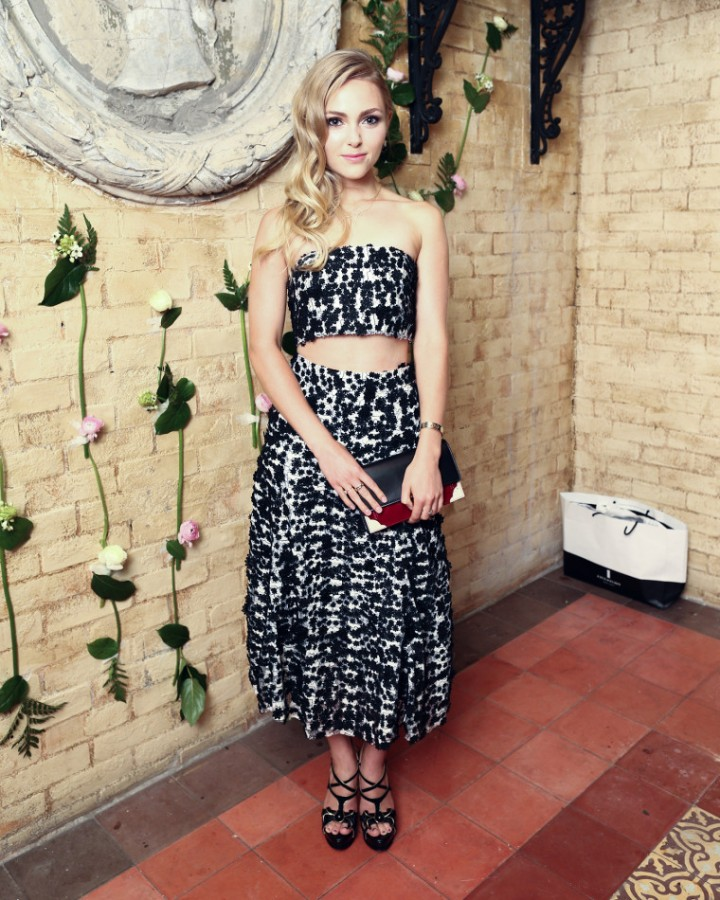 AnnaSophia Robb - Katie Ermilio Spring 2015 Collection Dinner in New York