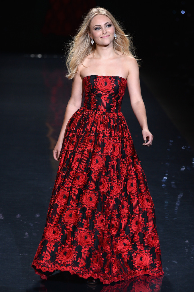 AnnaSophia Robb: 2014 Red Dress Fashion Show -08