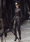 anne-hathaway-catwoman-on-set-of-the-dark-knight-rises-sept-24-01
