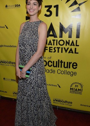 Anne Hathaway: Elsa and Fred Red Carpet at Gusman Center -01