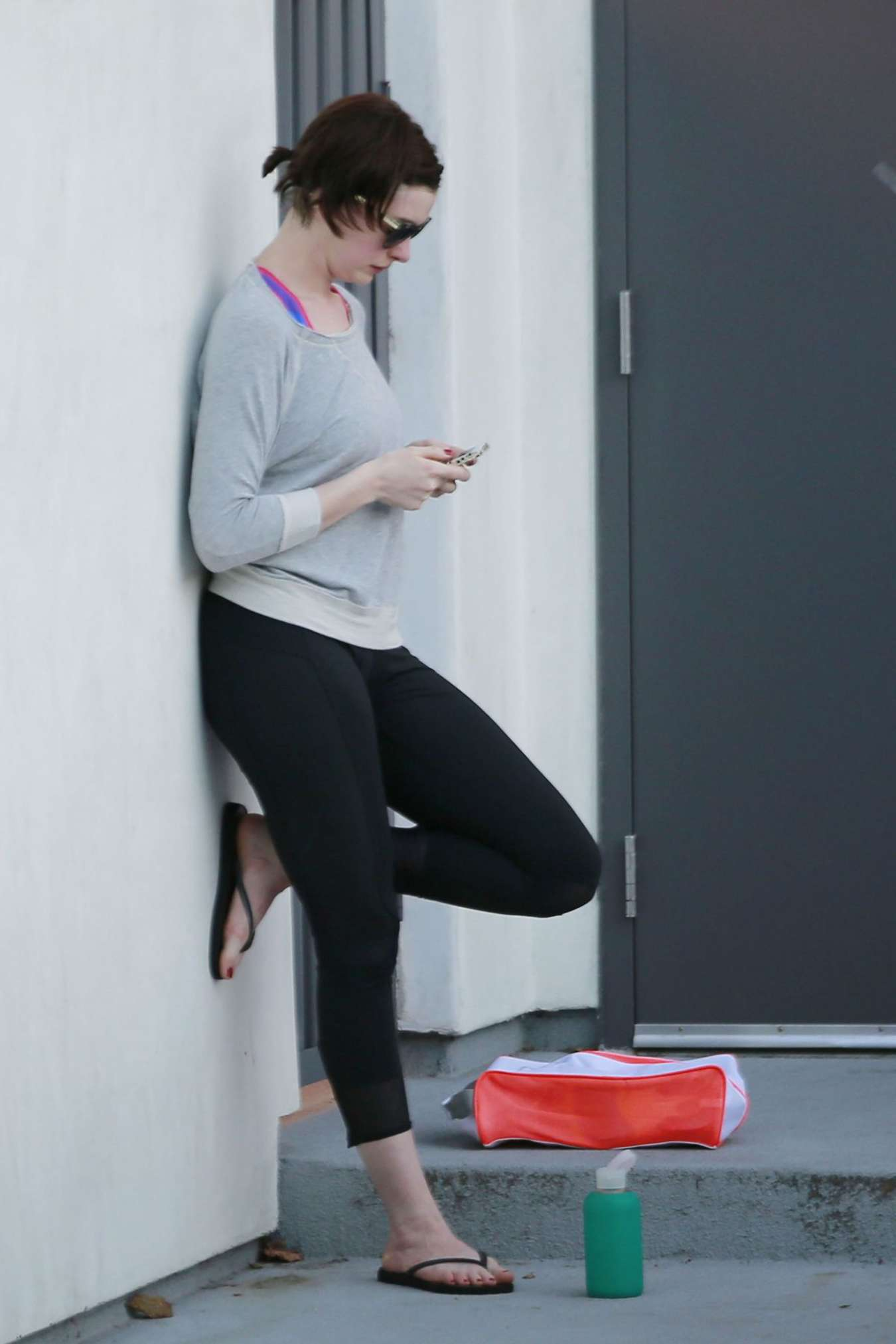 Anne Hathaway In Spandex Out In West Hollywood Gotceleb