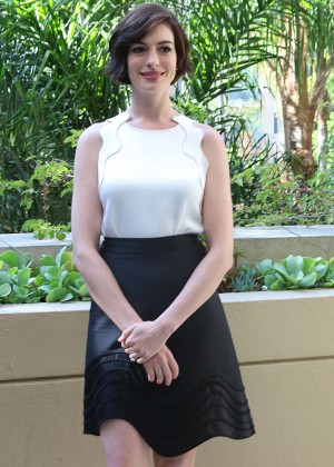 Anne Hathaway - 'Interstellar' Press Conference in Beverly Hills