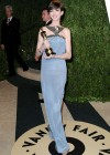 Anne Hathaway - Oscar 2013 - Vanity Fair Party -06