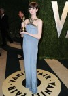 Anne Hathaway - Oscar 2013 - Vanity Fair Party -09