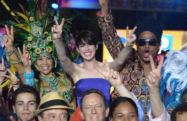 Anne Hathaway: Rio 2 Premiere -06